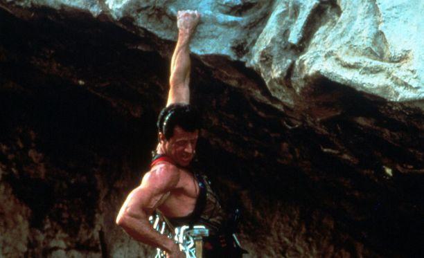 Yksi Stallone muistettavimpia roolisuorituksia on vuonna 1993 ensi-iltansa saanut Renny Harlinin ohjaaman Cliffhanger.