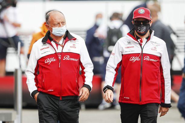 Frederic Vasseur ja Kimi Räikkönen yrittävät tehdä tulosta Alfa Romeolla.