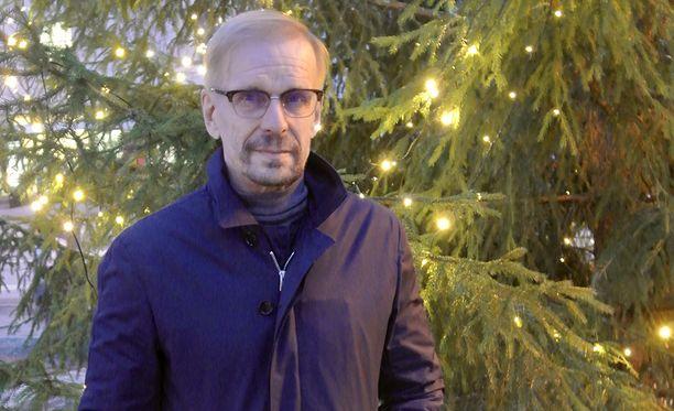 Jukka Puotila on palannut täysillä keikkalavoille.