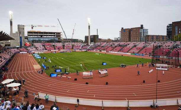 Ratinan stadionilla Tampereella pelataan tänään Suomi-Islanti-jalkapallo-ottelu. Arkistokuva.