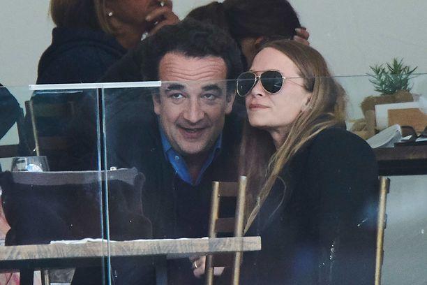 Mary-Kate Olsen ja Olivier Sarkozy saapuivat harvoin tapahtumiin yhdessä.