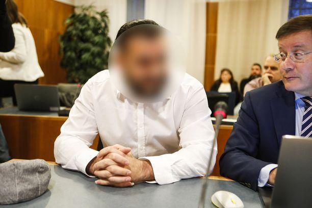 Isot huumekäräjät alkoivat maanantaina Pirkanmaan käräjäoikeudessa.