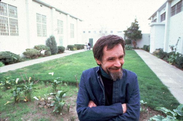 Näin hymyilevä Manson oli vielä 1960-luvun lopussa ennen elinkautista tuomiotaan.