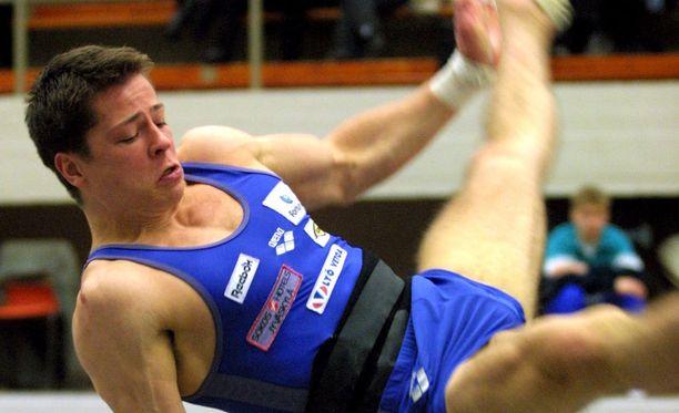 Jari Mönkkönen kilpaili kansainvälisellä huipputasolla useita vuosia. Kuva vuodelta 2001.