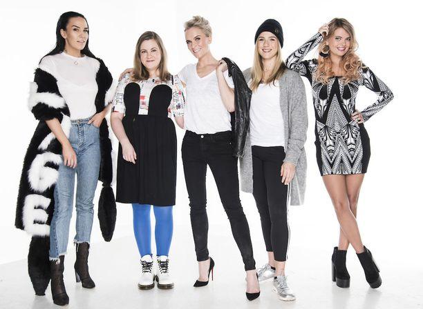 Iholla-sarjan neljännen tuotantokauden päähenkilöt Sini Sabotage, Laura Friman, Kristiina Komulainen, Kristiina Nisula ja Erika Vikman.