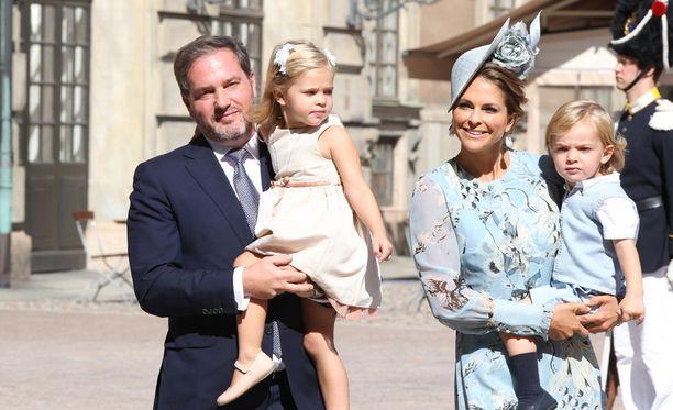 Prinsessa Madeleine perheineen juhli heinäkuussa kruununprinsessa Victorian nelikymppisiä.