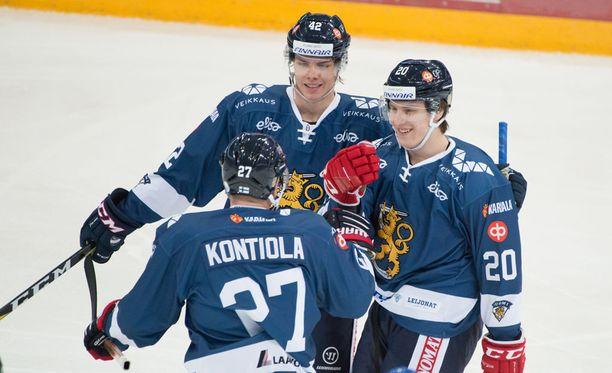 Suomen ykkösketju oli iskussa Ruotsia vastaan.
