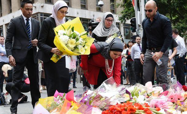 Panttivankitilanteen uhreja kunnioitettiin tänään Australiassa.
