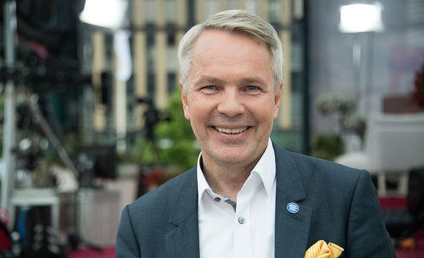 Vihreiden Pekka Haavisto on gallupien mukaan presidentti Sauli Niinistön vahvin haastaja.