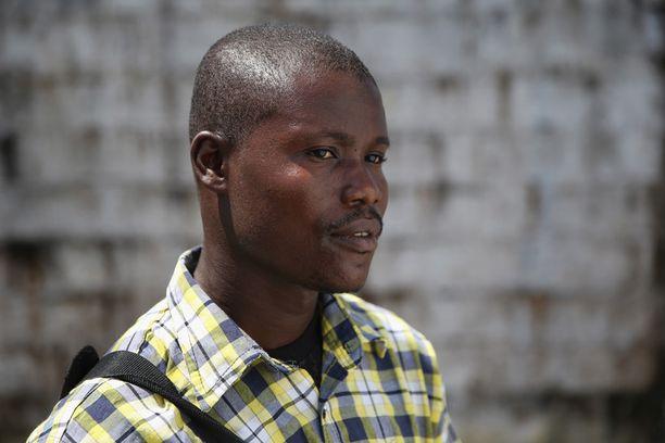 Moses Lansana, 30, menetti viimeisillään raskaana olleen vaimonsa Amifeten, 22, ja syntymättömän lapsensa.