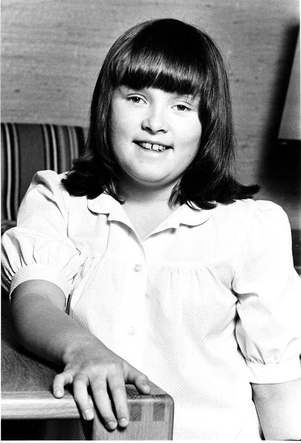 Muusikko Hanna-Riikka Siitosella oli muodikas otsatukka vuonna 1981.