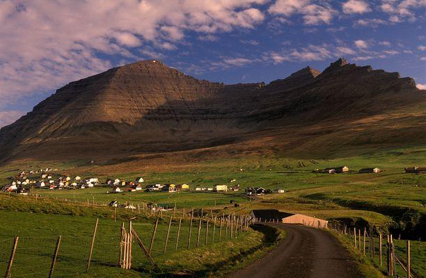 Ennibergin kallio löytyy Färsaarten pohjoiskärjestä.