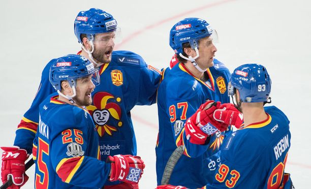 Jokerit kuritti KHL-jättiä neljästi.