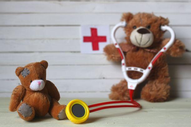 Lapsiasiavaltuutetun mukaan neuvolapalveluiden asiakasseteleihin sisältyy riskejä.