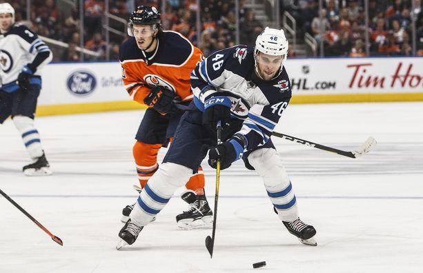Joona Luoto solmi sopimuksen Winnipeg Jetsin kanssa vuonna 2019.