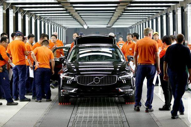 Volvo S90:sen tuotantolinjat ovat jo esituotantovaiheessa käynnissä Daqingissa Kiinassa.