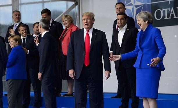 Donald Trumpin puheet pehmenivät päivän aikana ja Nato-maiden johtajien tapaaminen keskiviikkona sujui suurelta osin leppoisissa tunnelmissa.