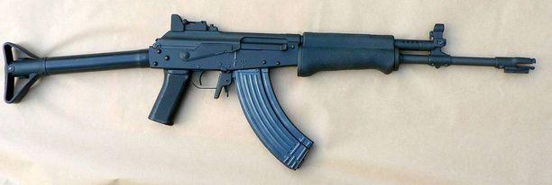Suomalainen RK62 (kuvassa) on toiminut mallina samankaltaiselle, israelilaiselle galil-rynnäkkökiväärille.