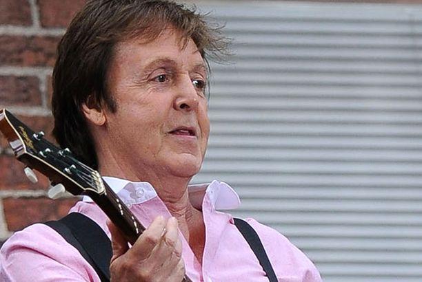 Paul McCartney nähdään esiintymässä Helsingissä maanantai-iltana.