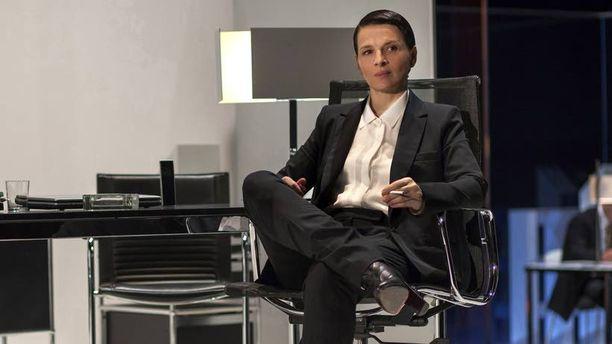 Juliette Binoche esittää pääosaa elokuvassa Clouds of Sils Maria.