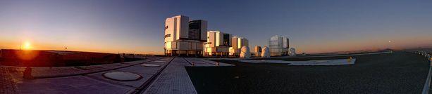 Observatorio sijaitsee Chilen Atacaman aavikolla.
