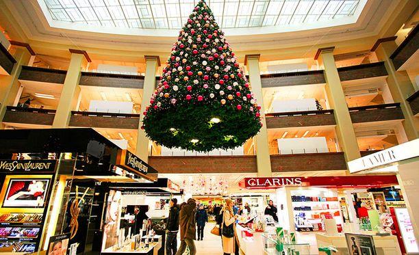 Joulupukilla on tänä vuonna paineita saada rahat riittämään joululahjoihin.
