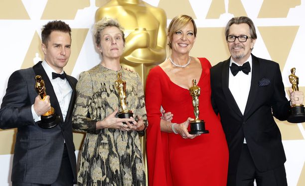 Näyttelijät Sam Rockwell (vas.), Frances McDormand, Allison Janney ja Gary Oldman saivat himotut Oscar-pystit Hollywoodissa maaliskuussa 2018.