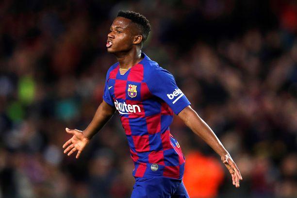 Vasta 17-vuotias Ansu Fati on tehnyt jo neljä maalia.