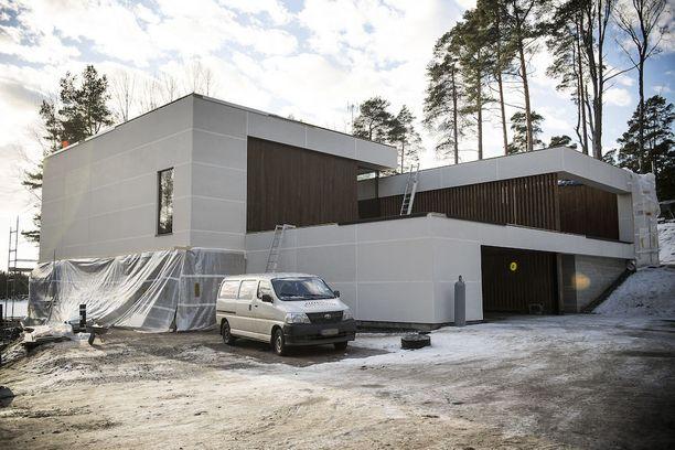 Lauri Ylönen Talo