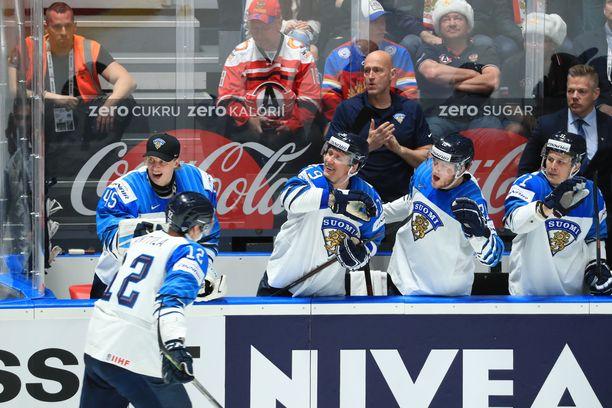 Marko Anttila tuuletti ottelun ainoaksi jäänyttä osumaa.