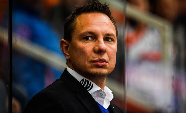 Jussi Tapola ei ollut täysin tyytyväinen Tapparan peliin, vaikka voitto tulikin.