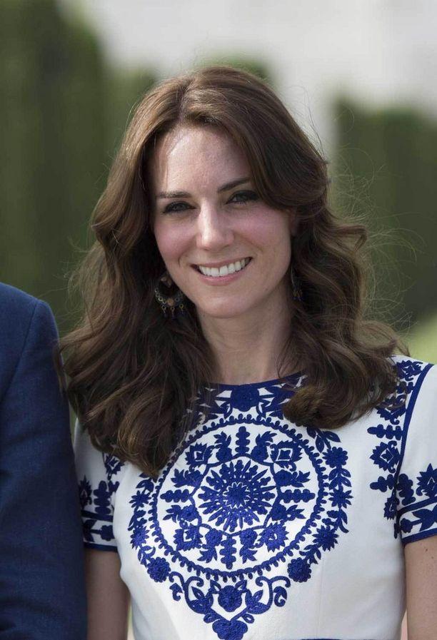Catherine edusti Intiassa huhtikuussa 2016.