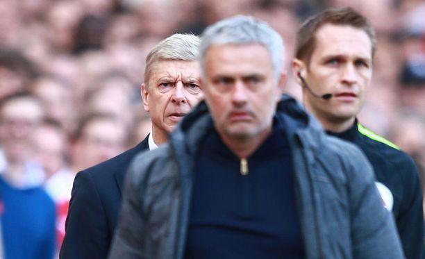 Jose Mourinho hävisi ensimmäisen kerran Arsene Wengerille.