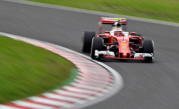 Kimi Räikkönen starttaa hyvistä asetelmista sunnuntain kilpailuun.