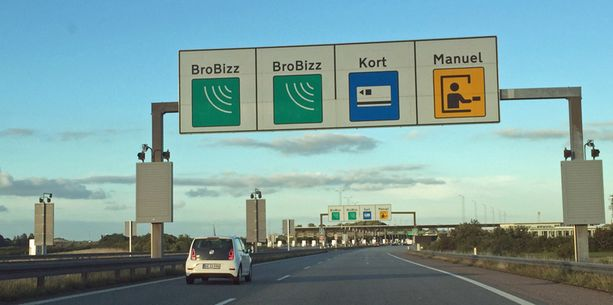 Osaisitko sinä lukea tätä liikennemerkkiä?