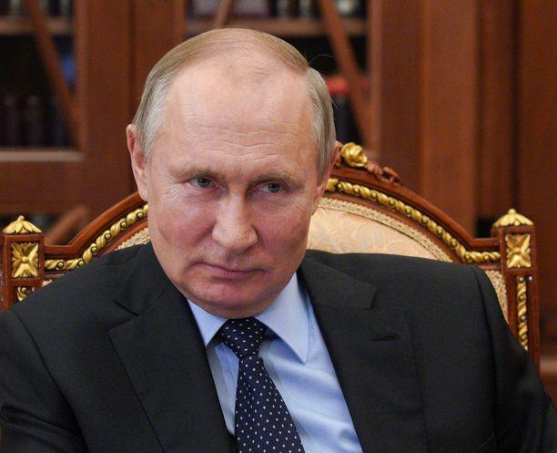 Presidentti Putinin hallinto aikoo vastata mahdollisiin lisäpakotteisiin.