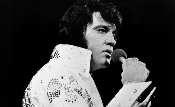 Elvis Presley kuoli Yhdysvaltojen Memphisissä vuonna 1977.