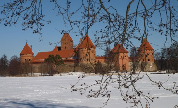 Trakain linna Vilnan lähellä kuuluu Liettuan suosikkinähtävyyksiin.