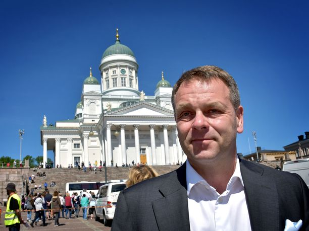 Helsingin pormestari Jan Vapaavuori pohtii pääkaupungin eroa Kuntaliitosta ja omaa yhteistyötä muiden suurempien kaupunkien kanssa.