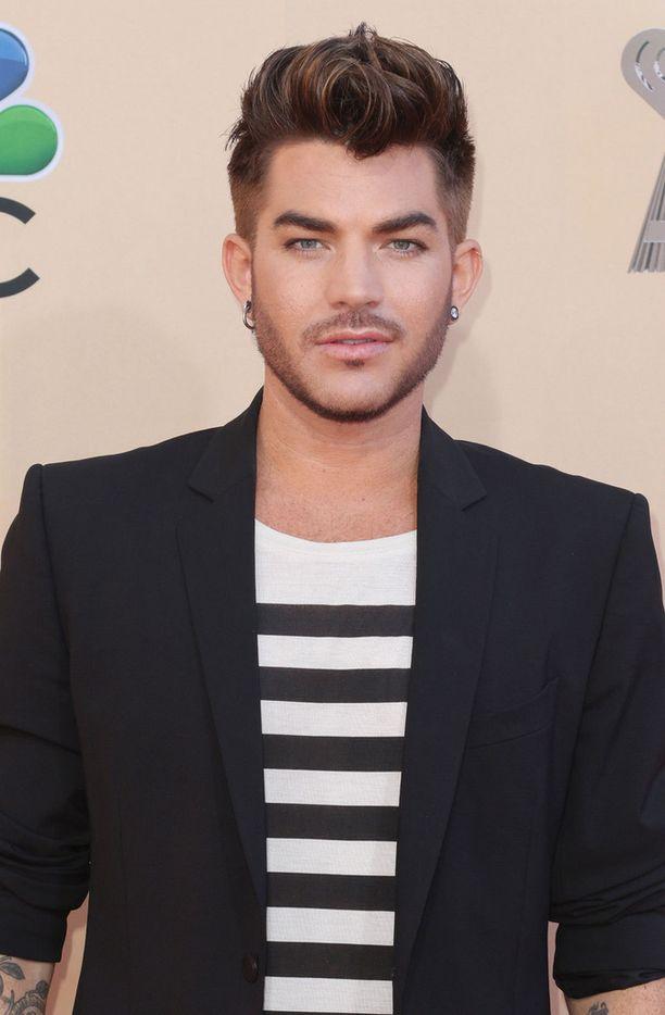 Adam Lambertin uutta albumia odotetaan jo kuin kuuta nousevaa.