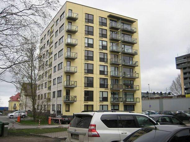 Toinen asunnoista sijaitsee Tondin kaupunginosassa.