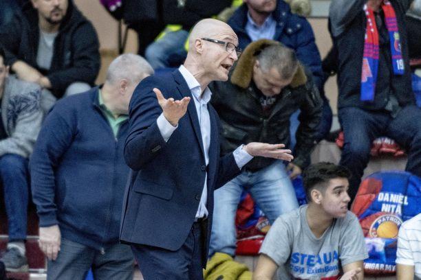 Jukka Toijalan sopimus Romanian liigassa irtisanottiin.