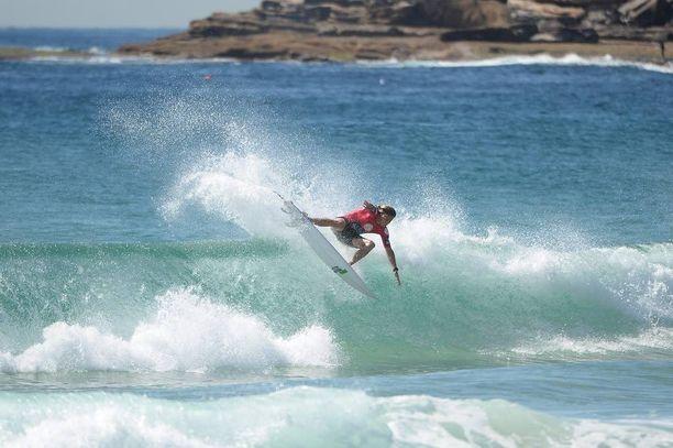 Morgan, 20, on kokenut nuori surffaaja, joka on voittanut palkintoja.