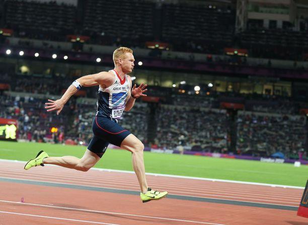 Greg Rutherford voitti olympiakultaa kotiyleisön edessä Lontoossa vuonna 2012.