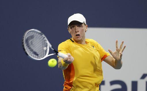 Emil Ruusuvuori otti sensaatiomaisen voiton – päihitti maailmanlistan seiskan Miamin ATP-turnauksessa