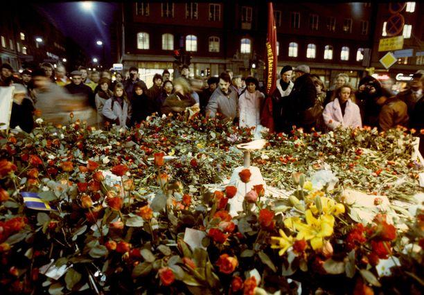 Olof Palme ammuttiin Sveavägenillä Tukholman keskustassa 34 vuotta sitten.