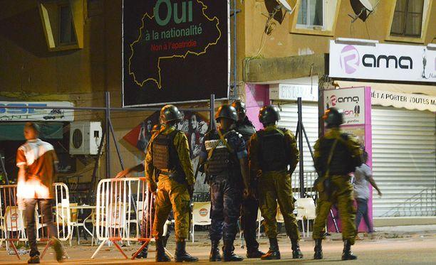 Hyökkäyksessä kuoli tämänhetkisten tietojen mukaan 18 ihmistä.