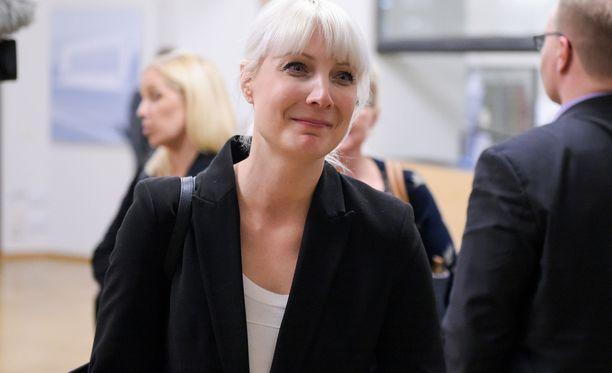 Laura Huhtasaari on mahdollisesti PS:n presidenttiehdokas.