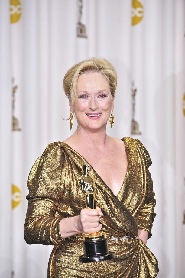 Viimeisimmän Oscarinsa Meryl Streep voitti parhaan naispääosan näyttelemisestä elokuvassa Rautarouva.
