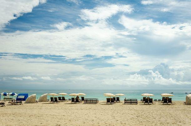 South Beach sijaitsee Miamin vieressä, ja on suosittu rantakohde.